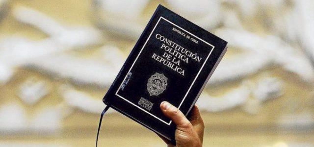 Chile – Aplazamiento de nueva Constitución impone el conservadurismo de la Nueva Mayoría