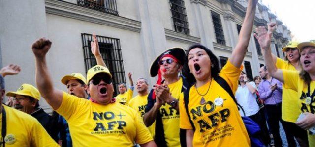 """Chile – """"No+AFP"""" presenta propuesta de sistema de pensiones tripartito"""
