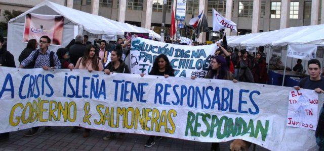 Chile – Marea Roja en TVN: Chilotes buscan otros trabajos fuera del mar y siguen convencidos que salmoneras son responsables