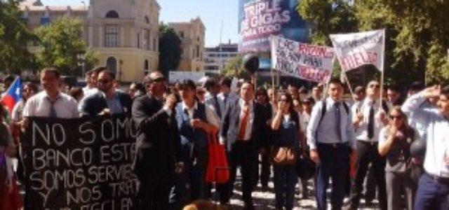 "Chile – Huelga ServiEstado: ""Es impresentable que nos pidan firmar a 48 meses"""