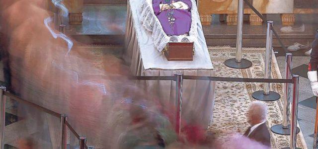 Brasil –  Temer evitó los abucheos en el funeral de monseñor Arns