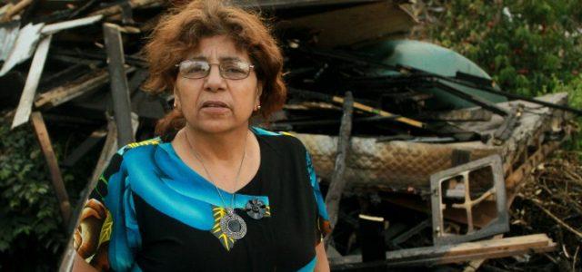 Silvia Ulloa, damnificada por incendio: 'Las forestales tienen todo asegurado. Los ricos no pierden, es el pobre el que pierde con esto'