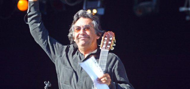 Muere a los 73 años el cantautor y guitarrista chileno Ángel Parra