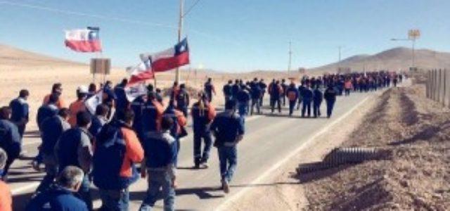 Chile – 40 días de huelga: Sindicato Minera Escondida se reunirá con empresa