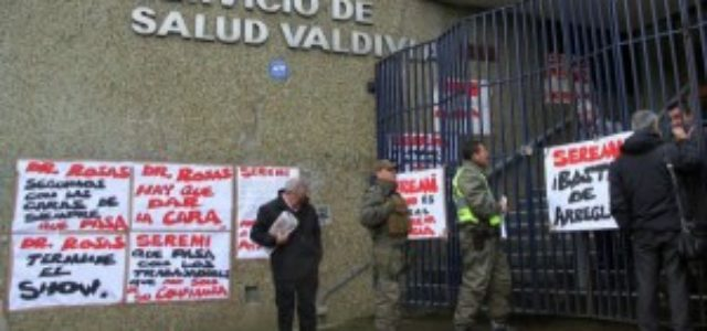 Chile – Funcionarios del Hospital de Valdivia realizan huelga de hambre