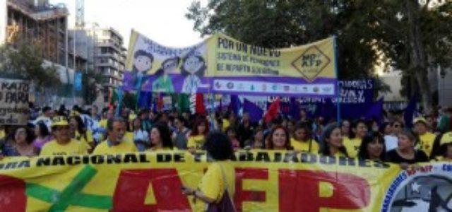 No + AFP aspira a convertirse en la marcha más multitudinaria de la historia chilena