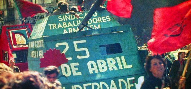 La Revolución de los Claveles: Cuando la clase obrera portuguesa tocó el cielo con las manos (Parte 1)