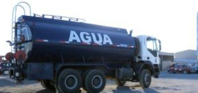 Chile – El negocio de la sequía: el puñado de empresas de camiones aljibe que se reparte $92 mil millones