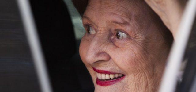 Chile – Se filtra la millonaria pensión que Capredena le paga a Lucía Hiriart