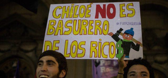 Chile – Acusan que industria salmonera obtuvo ganancias récord aprovechando crisis de marea roja