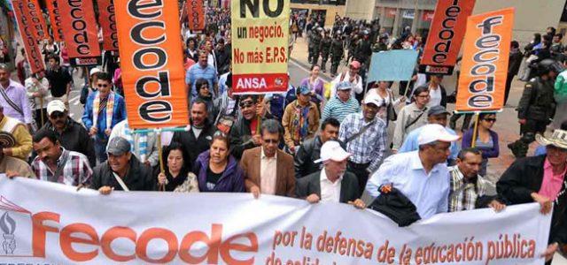 Huelga indefinida del profesorado en Colombia