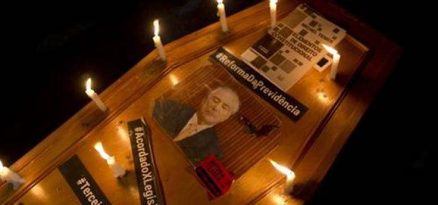 Brasil – Consejeros dicen al mandatario que presentar su renuncia es el camino menos traumático