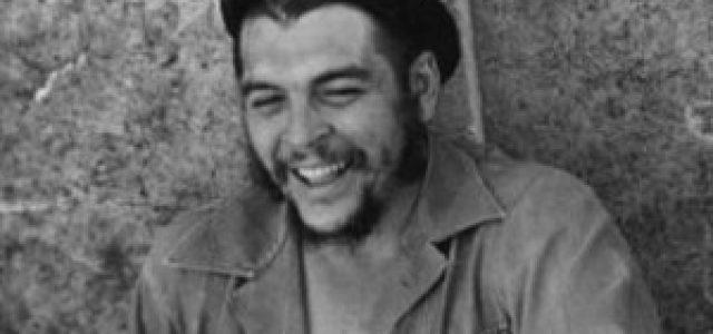 """Aniversario del natalicio de Ernesto """"Che"""" Guevara"""
