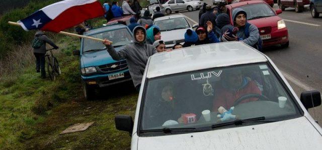 Chile – En Angol trabajadores cortan la ruta exigiendo el pago de sus sueldos