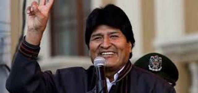 Chile – Bolivia: El Presidente Evo Morales le ha dado una lección al canciller Heraldo Muñoz y a las élites conservadoras chilenas