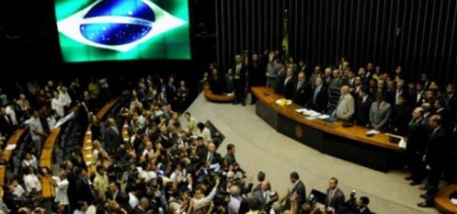 Brasil está atado por la ilegitimidad de las instituciones y la inercia de una izquierda antidemocrática