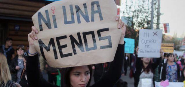 Chile – Niña embarazada de 14 años en estado crítico tras recibir disparo de su pololo en la cabeza