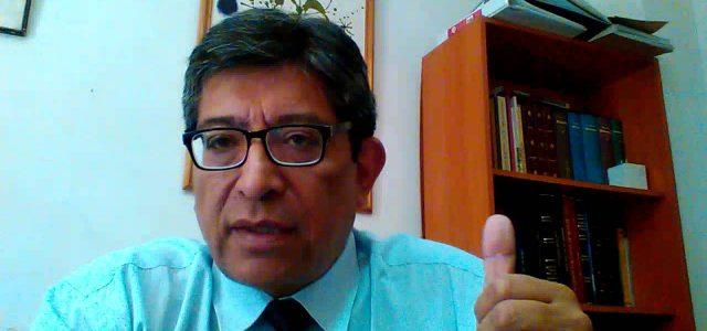 Chile – Entrevista a Roberto Avila en Radio U. de Chile