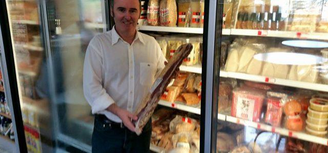 """El empresario vasco que mostró los supermercados venezolanos: """"Me han amenazado con matar y quemarme"""""""