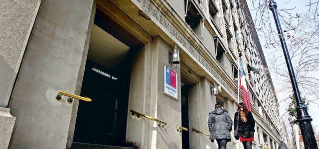 Chile – Nómina de Capredena revela más de 300 jubilados con hasta 4 pensiones simultáneas