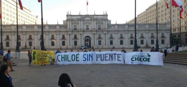 Chile – Chiloé demanda poner fin a contrato del puente Chacao. Viajan a Parlamentar a Santiago