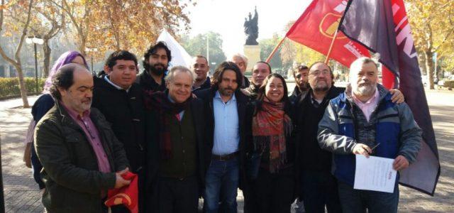"""Alberto Mayol crea el """"Movimiento Democrático Popular"""" y busca ingresar a la mesa del Frente Amplio"""