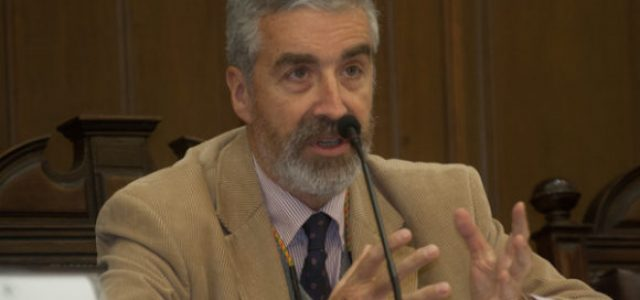 Chile – El economista Andres Solimano explica cómo afectan los TLC a la soberanía política de Chile