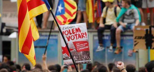 ¡Los estudiantes catalanes protagonizan una movilización histórica por el derecho a decidir y contra la represión franquista del PP!