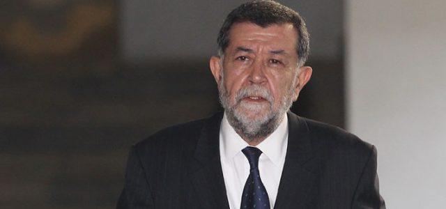 Chile – MAHMUD ALEUY: LA CAIDA DE UN SINIESTRO