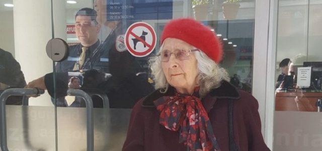 El país de las Abuelitas Pobres – Crítica feminista al trabajo femenino y el sistema de AFP en el Chile Contemporáneo.
