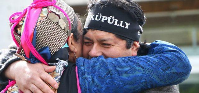 Chile / Wallmapu – Duro golpe a la Fiscalía: absuelven a los 11 acusados por caso Luchsinger-Mackay