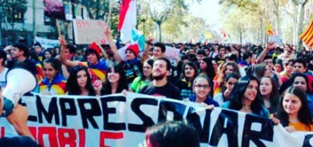 Catalunya – 25 y 26 de octubre: Aulas vacías y decenas de miles de estudiantes en las calles contra la represión franquista