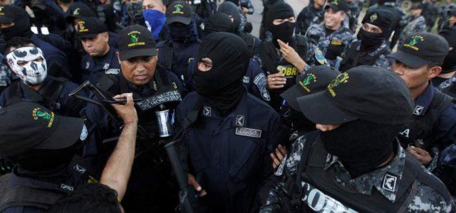 Honduras –La policía hondureña se niega a reprimir bajo estado de sitio