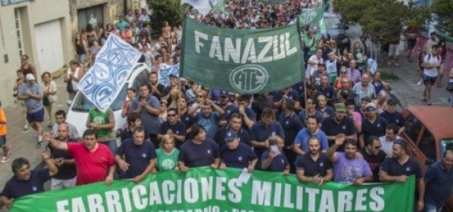 Argentina: Crece la tensión  – Trabajadores de Fabricaciones Militares se movilizan en distintos puntos del país