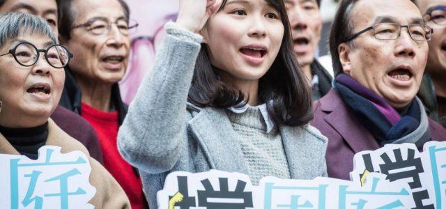 Hong Kong: Pekín manipula las elecciones legislativas parciales. ¡Basta de ataques contra los derechos democráticos!
