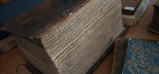 Crítica a la economía clásica: Ochocientas cincuenta y dos páginas