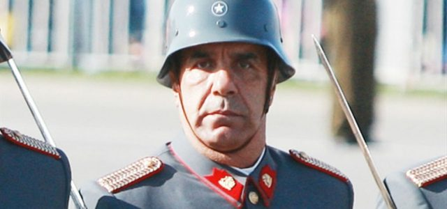 Chile – Esto puede cambiar la raza…Y las otras frases fachas de Checho Hirane