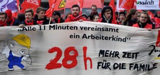 Sindicato alemán logra reducción de jornada a 28 horas semanales tras históricas movilizaciones