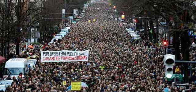 Estado Español – El 8-M y las movilizaciones de pensionistas demuestran la fuerza que tenemos para derrotar al PP