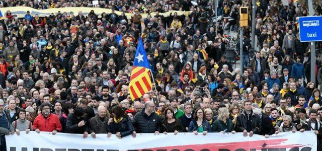 Estado de excepción encubierto en Catalunya: doble catarsis sobre el régimen del 78