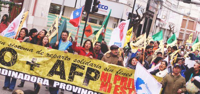 Chile – diputados llaman a marcha de NO + AFP el 22 de abril