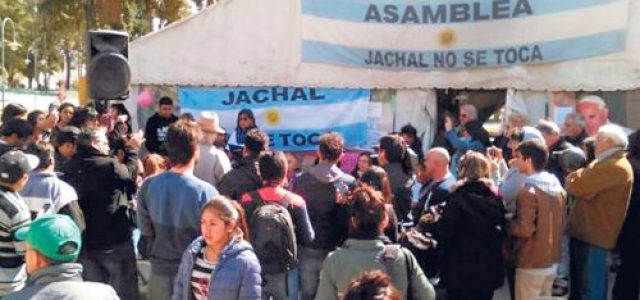 Argentina–Canadá:  Denuncian en Jáchal niveles de cianuro de mina de Barrick Gold que desbordan los límites