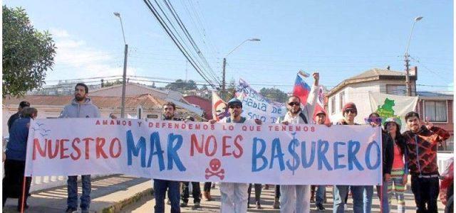 Chile – Industria salmonera: Relocalizando eldelito