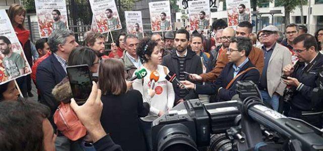 Estado Español – Concentración de solidaridad con Tohil y todos los encausados en una redada racista · Se suspende el juicio hasta octubre