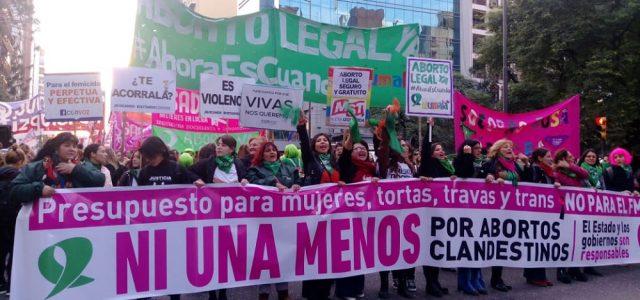 Argentina – Masivas movilizaciones: ¡Sin aborto legal no hay ni una menos!