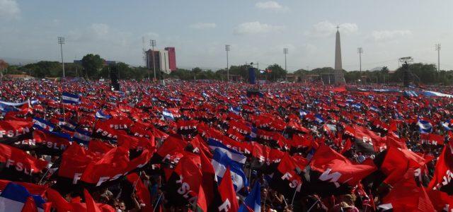 DANIEL ORTEGA ACOMPAÑADO DE LOS CANCILLERES DE CUBA Y VENEZUELA Y MILES DE NICARAGUENSES CONMEMORARON LA REVOLUCIÓN SANDINISTA