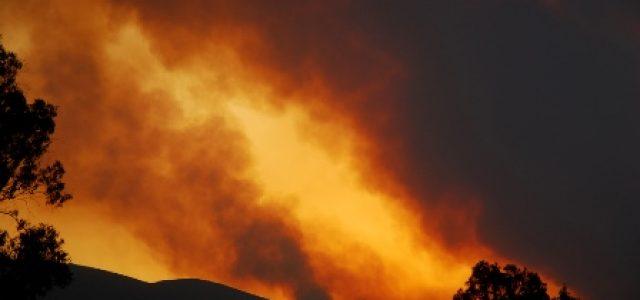 Incendios mortales asolan Grecia