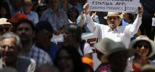 Chile – Guerra comercial global golpea fondos previsionales de chilenos