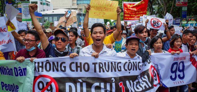 Vietnam – protestas masivas contra la ley de seguridad cibernética y la creación de nuevas zonas económicas especiales