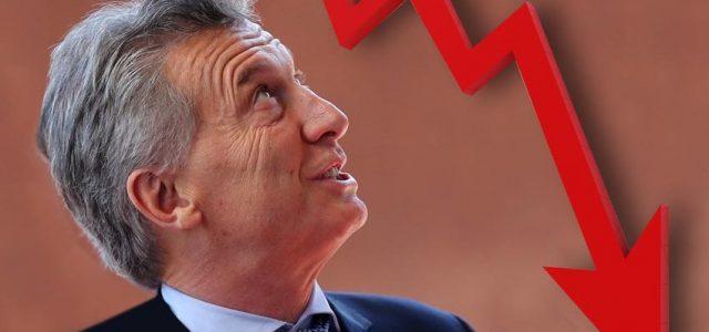 Mauricio Macri en caída libre y sin rumbo: ¿hacia dónde va Argentina?